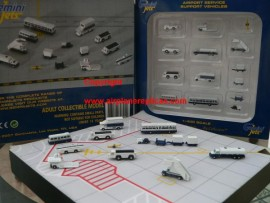 Airport Service support vehicles 1/400 scale